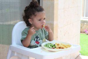 Jak zachęcić dziecko do jedzenia warzyw?